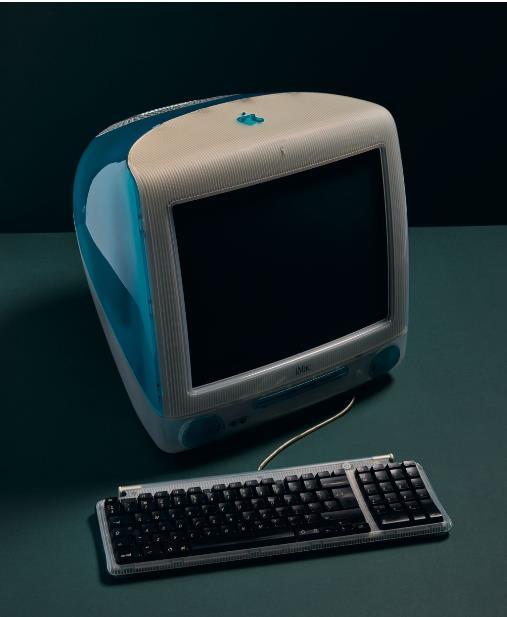 """النسخة الشهيرة من """"آبل"""" """"آي ماك جي 3"""" التي طرحت داعمة لمختلف الألوان ووصفت بأنها من بين الأسهل في الاستخدام في المنازل."""