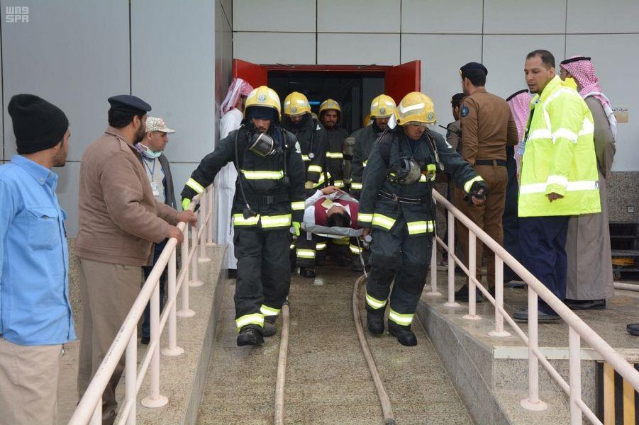 أخبار 24 بالصور الدفاع المدني بتبوك ينفذ فرضية حريق بمستشفى