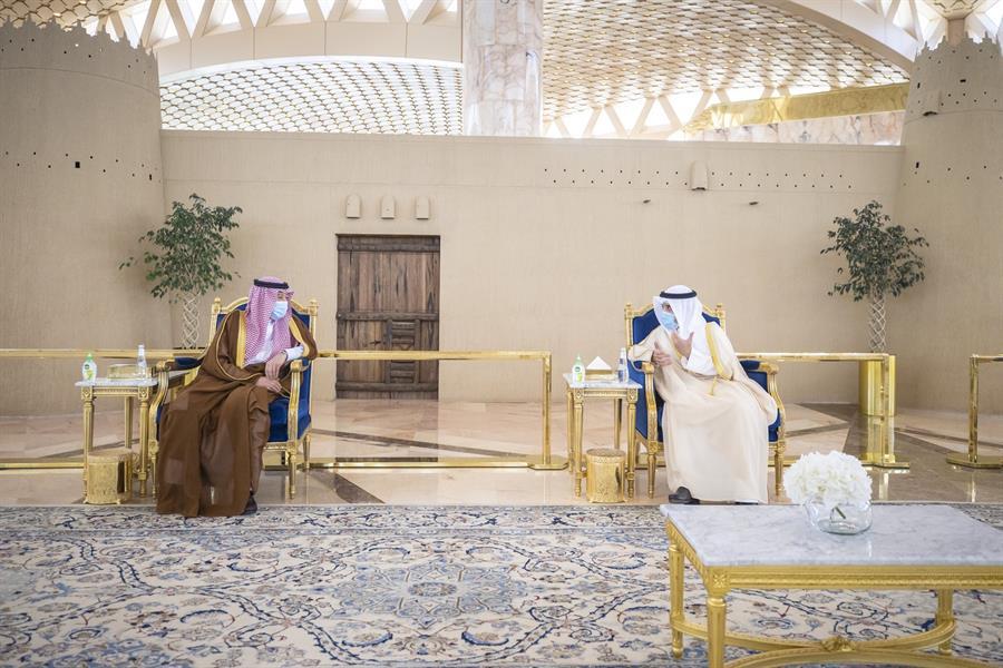 وزير الخارجية الكويتي يصل المملكة في زيارة رسمية