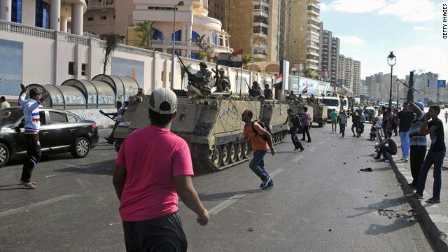 """أول جمعة بعد وصم الإخوان بـ""""الإرهاب"""" دامية"""