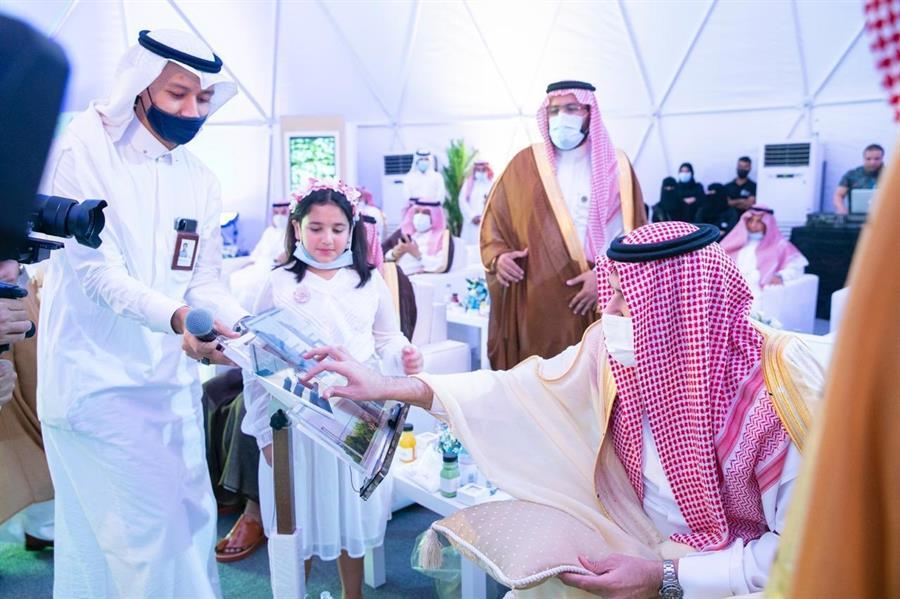 فيصل بن سلمان يدشن مشروع لؤلؤة الديار السكني بينبع البحر