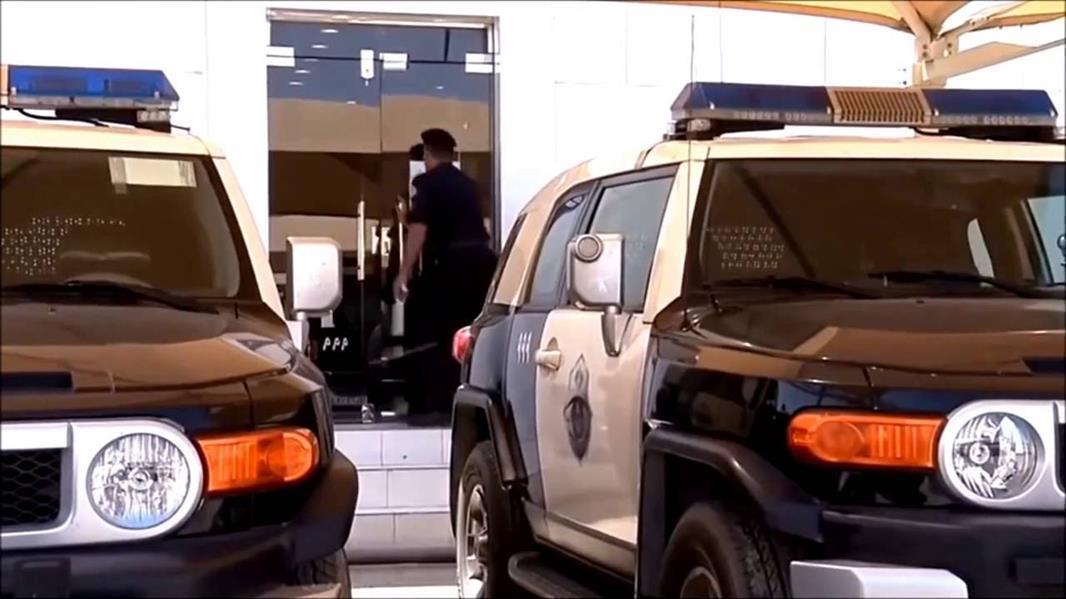 مخادعة تنجح في إقناع نساء بإعطائها ذهبهن بحجة العلاج.. وشرطة نجران تقبض عليها