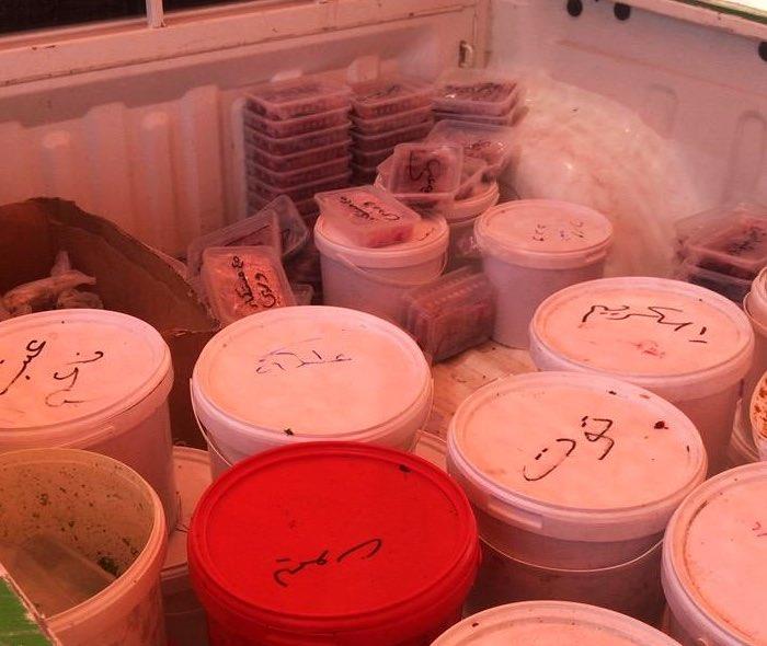 مصادرة وإتلاف 525 كيلوجراماً من خلطات التبغ مجهولة المصدر في مكة