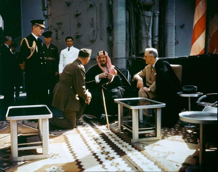 الملك عبد العزيز بن سعود والرئيس فرانكلين روزفلت
