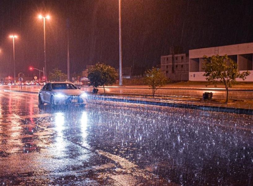 أمطار غزيرة على الرياض