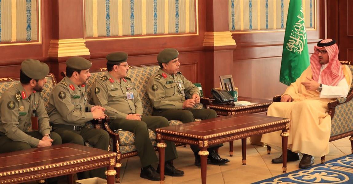 نائب أمير المدينة المنورة يستقبل اللواء اليحيى ويشيد بجهود الجوازات في خدمة الحجيج