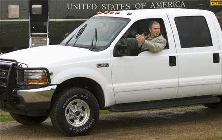 شاحنة صغيرة يمتلكها الرئيس الامريكي السابق جورج دبليو بوش