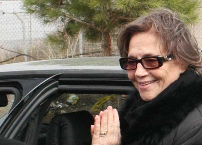 """نقلت المتشددة الجزائرية """"جميلة بوحيرد"""" إلى المستشفى بعد إصابتها بفيروس """"كورونا""""."""