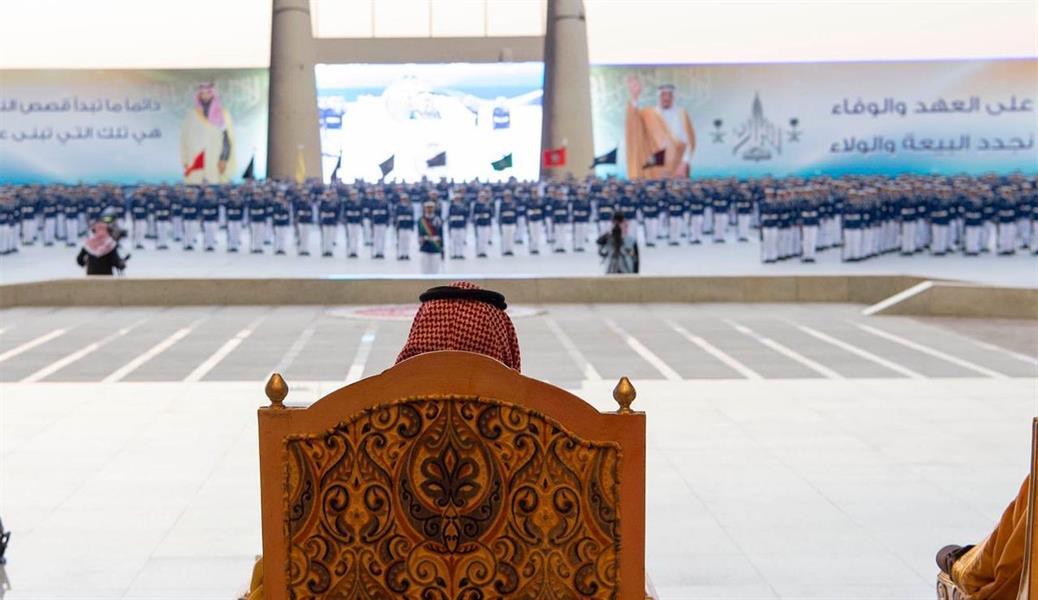 ولي العهد يرعى حفل تخريج الدفعة 97 من طلبة كلية الملك فيصل الجوية