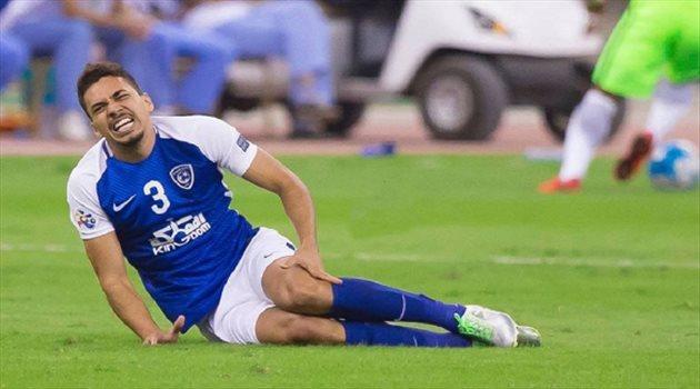 """إعلامي: كارلوس إدواردو مصاب بـ""""تمزق من الدرجة الثالثة"""""""