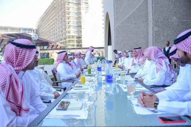 السفارة السعودية في مسقط تحتفل ببعثتي الأهلي والتعاون