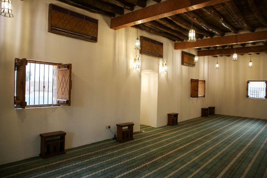 تعرّف على مسجد الحديثة التاريخي بالجوف ضمن مشروع ولي العهد لترميم المساجد التاريخية