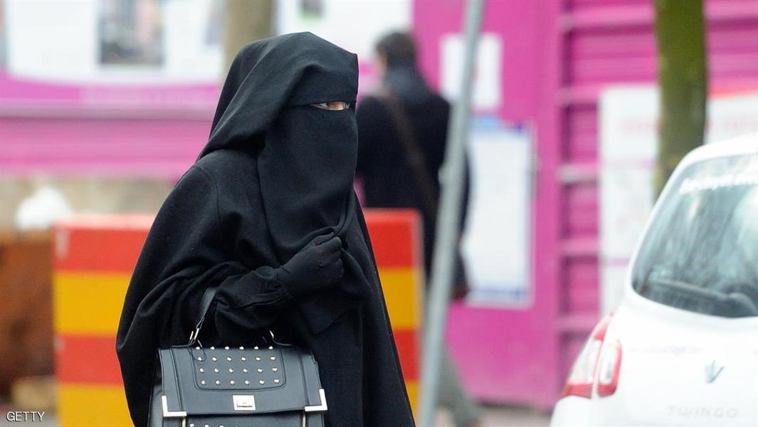 حجاب صومالية يثير الجدل في التشيك