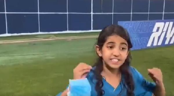 طفلة النصر