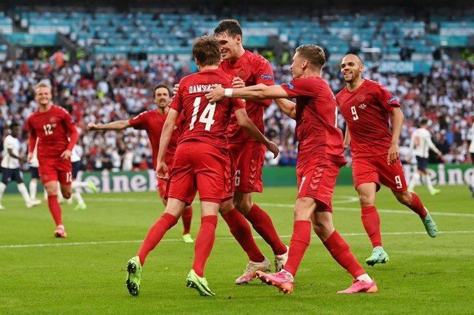 إنجلترا تتخطى الدنمارك لتواجه إيطاليا في نهائي يورو 2020
