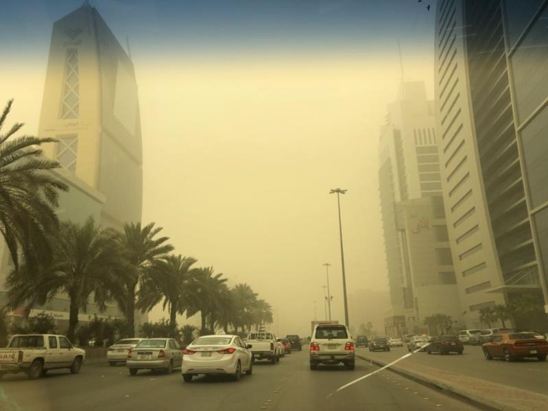 تنبيهات باستمرار الرياح النشطة والأتربة المثارة بعدة مناطق بينها الرياض ومكة