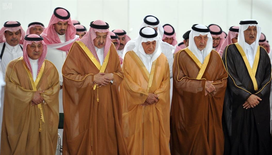 عبدالرحمن الفيصل Detail: الصلاة على الأمير سعد الفيصل بالمسجد الحرام