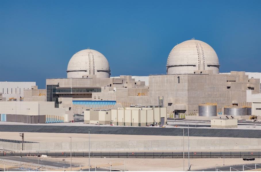 محمد بن راشد يعلن تشغيل أول مفاعل للطاقة النووية في محطات براكة بأبوظبي