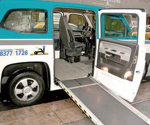سيارات اجرة مخصصة لذوي الاحتياجات الخاصة