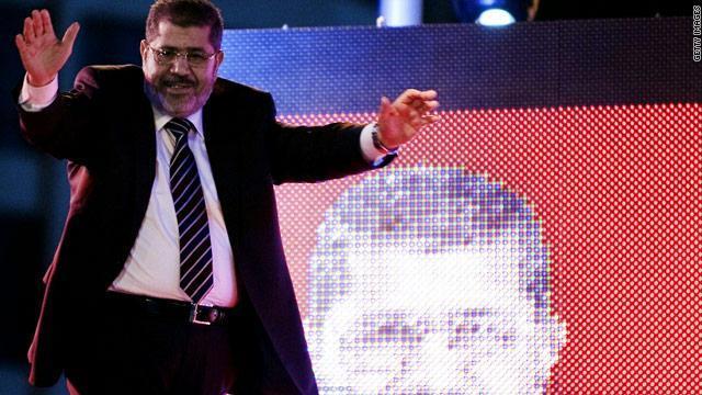"""محاكمة جديدة لمرسي بتهمة """"النصب الانتخابي"""""""