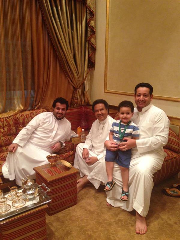 تركي آل الشيخ ينشر صورًا من زيارته لمنزل محمد عبده قبل 6 سنوات
