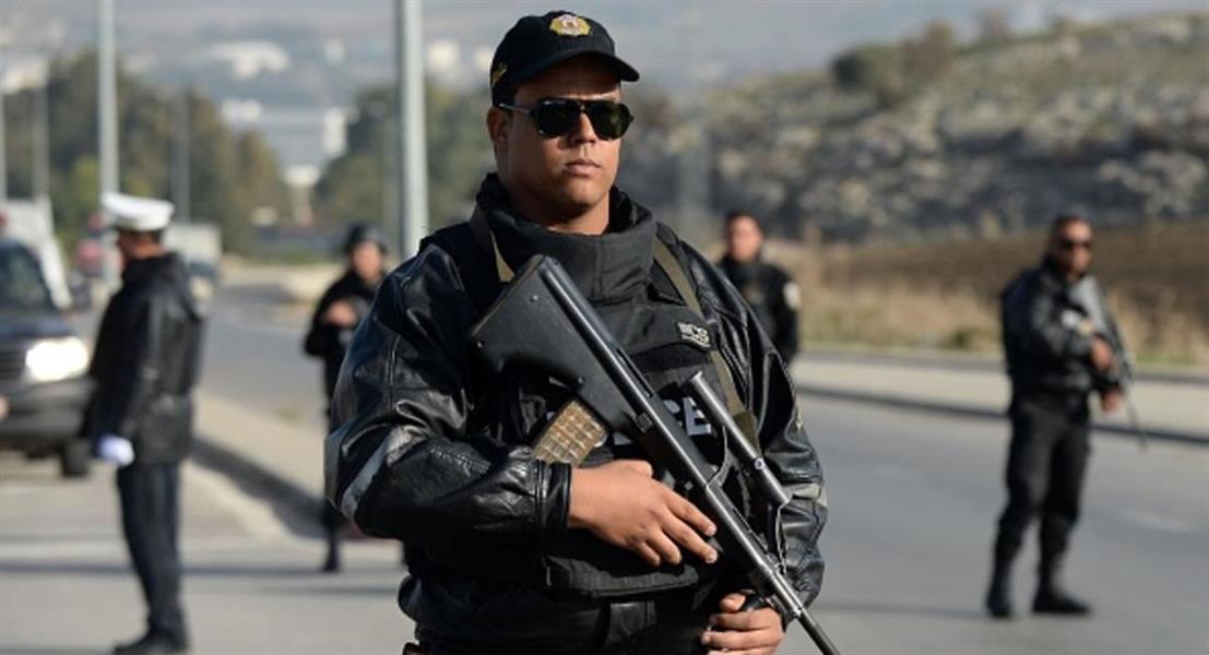 """تونس توقف 6 أشخاص مولوا مجموعات """"إرهابية"""""""