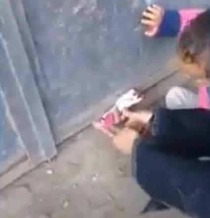 فيديو مؤلم.. ابن يحبس والدته المسنة لمدة عام للحصول على معاشها في مصر