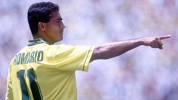 روماريو يقصي كرستيانو وميسي من افضل لاعبي العالم