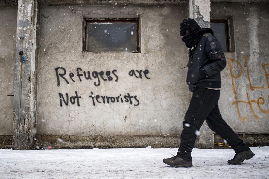 بالقرب من محطة السكة الحديدية الرئيسة ببلغراد في 18 يناير وكانت تقارير قالت إن حوالي 7000 مهاجر قد تقطعت بهم السبل بصربيا