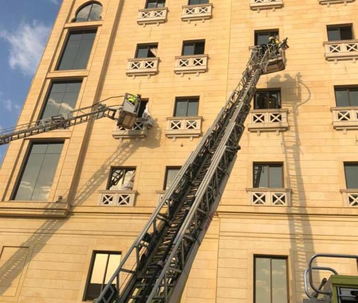 """""""مدني الدمام"""": إخماد حريق اندلع في أحد الفنادق دون وقوع إصابات"""