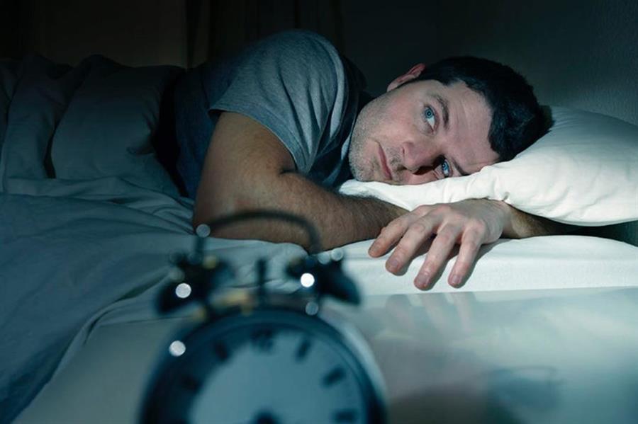 في أي ساعة يجب أن تذهب للنوم؟ خبراء يحددون ويقدمون هذه النصائح