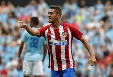 مسلح يسرق ساعة فخمة من كوكي لاعب اسبانيا