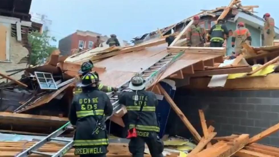 ولا يزال أحدهم محاصرا .. جرح عمال في انهيار مبنى بواشنطن