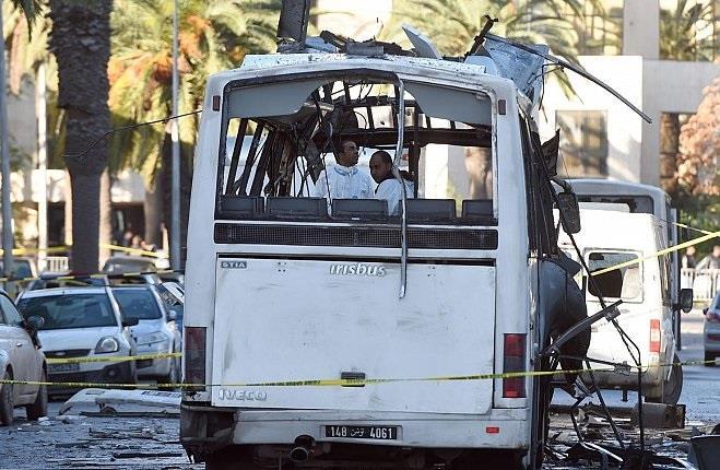 «داعش» يتبنى انفجار حافلة الأمن الرئاسي بتونس