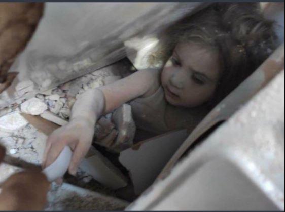 إنقاذ طفلة من تحت الأنقاض بعد 91 ساعة على زلزال تركيا.. وهذا ما طلبته من مسعفيها