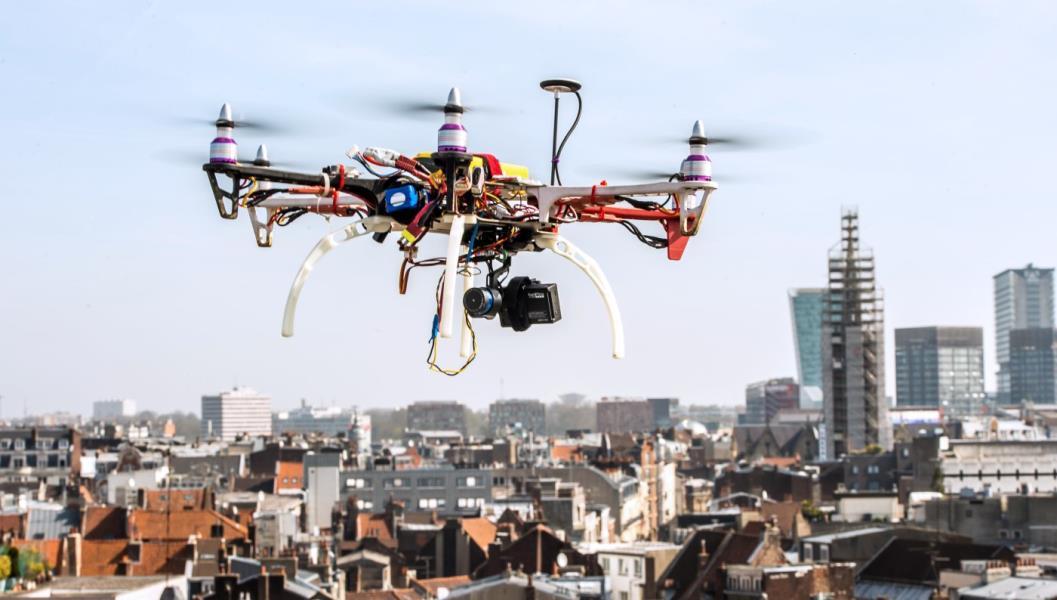 السماح لطائرات درون صغيرة الحجم التحليق في المدن