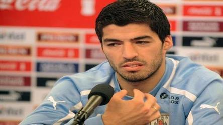 سواريز يتضامن مع محمد صلاح: ننتظرك في كأس العالم