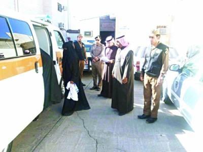 القبض على 6 نساء و3 أطفال امتهنوا التسول بشوارع تبوك