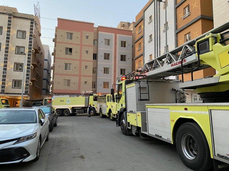 """""""مدني جدة"""" يسيطر على حريق بشقة سكنية بحي الواحة شمال المحافظة"""