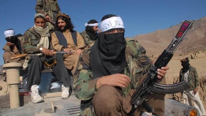 """باكستان: هجوم على فريق للتلقيح ضد شلل الأطفال الذي تعتبره """"طالبان"""" مؤامرة من الغرب"""