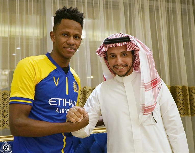 النصر يتعاقد مع عبدالفتاح آدم حتى 2024