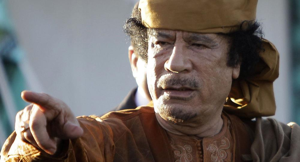 مدير مكتب القذافي يروي تفاصيل التخطيط لخروج الزعيم الليبي من أزمة أحداث 2011.. وكيف فشل