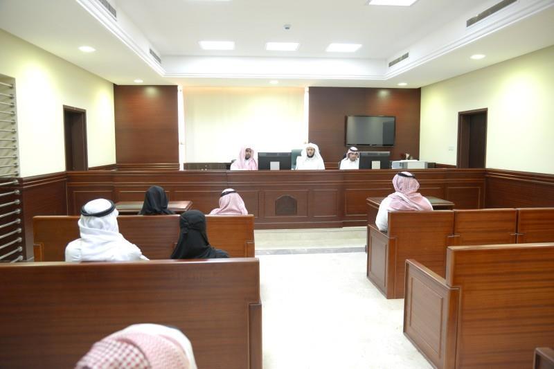 حكم بعضل سيدة أعمال ونقل ولايتها للمحكمة بعد رفض أهلها تزويجها لعدم تكافؤ النسب