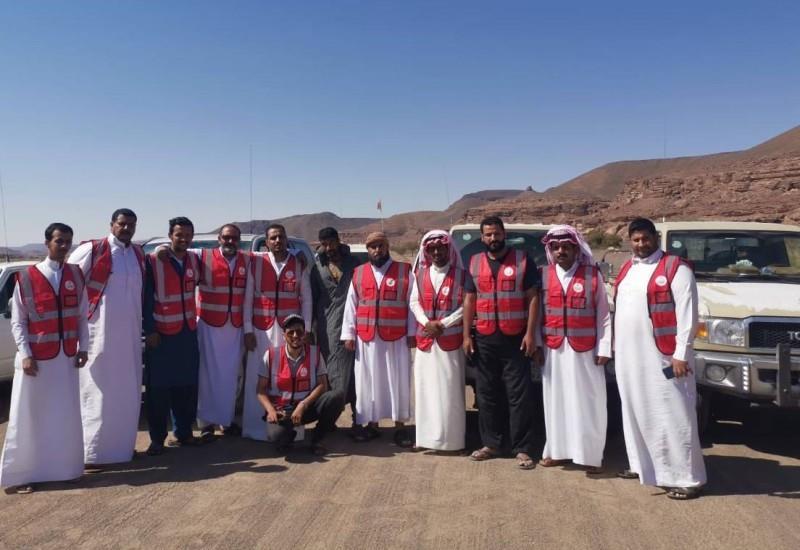 البحث عن شاب مفقود في صحراء عرعر بفريق تطوعي يستقل 15 سيارة