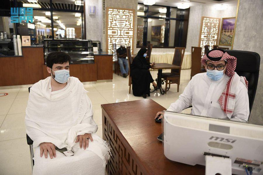 مسؤول: منح الفنادق بمكة خاصية إصدار تصاريح العمرة خلال رمضان ساهم في إنعاش القطاع
