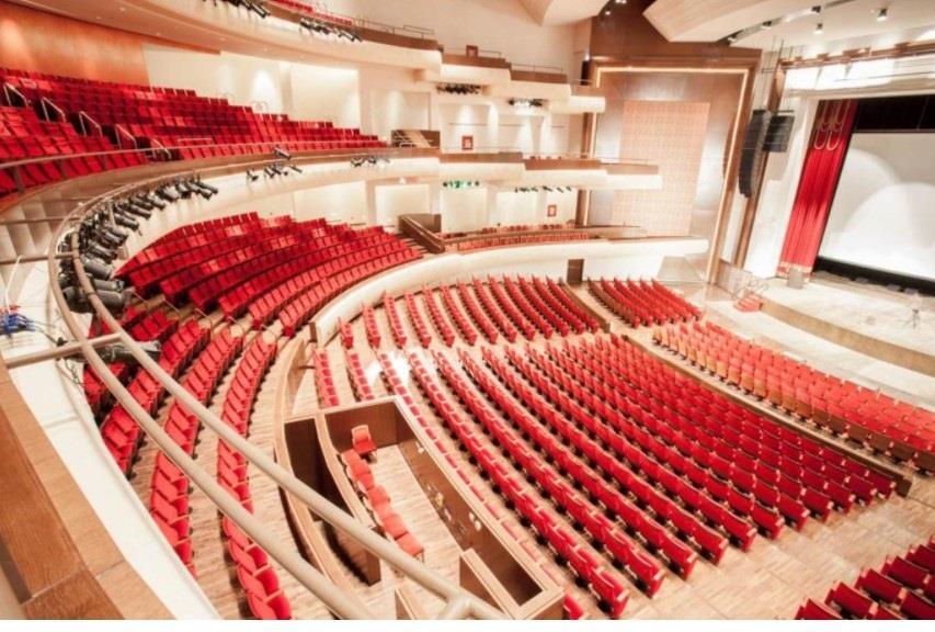 المسرح الأحمر بجامعة الأميرة