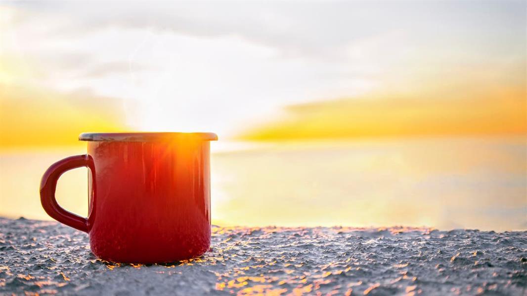 اشربه ساخنًا أثناء الحر .. 8 حقائق صحية ستدهشك!