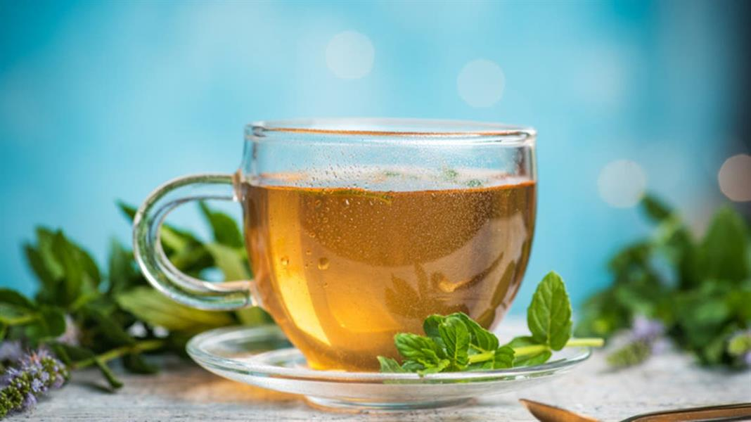 متواجد في كل بيت.. شاي بسيط بفوائد مفاجئة
