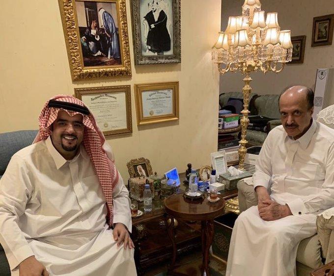 عبدالعزيز بن فهد بزيارة عبدالاله بن عبدالعزيز
