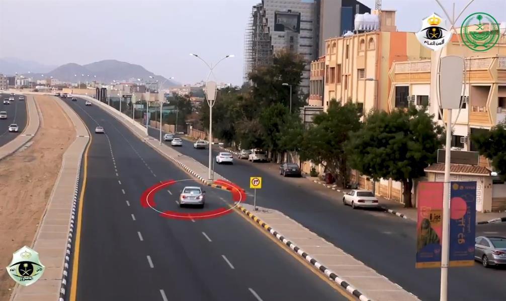 """""""المرور"""" ينشر فيديو ويحذر من عكس السير في منافذ الدخول والخروج"""